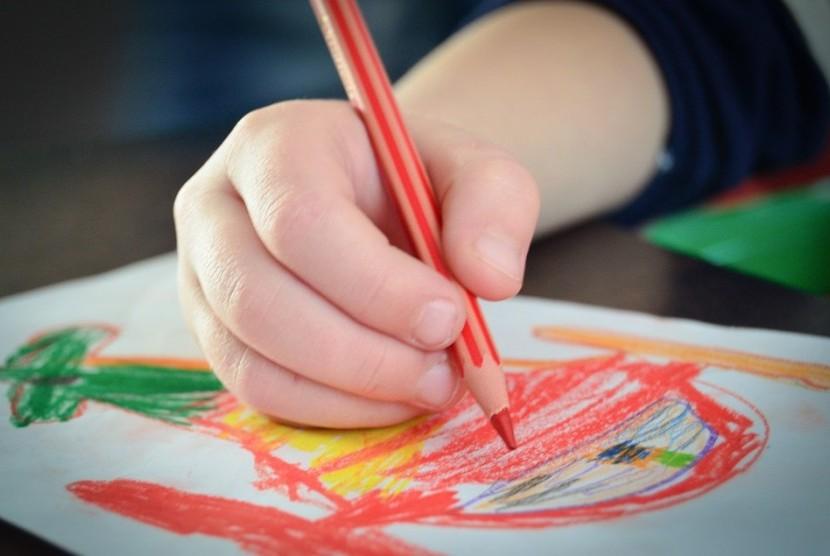 Cara Membuat si Kecil Lebih Kreatif