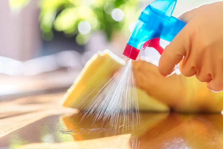 Cara Membuat Disinfektan dengan So Klin Pemutih