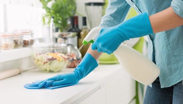 Cara Membuat Disinfektan yang Ampuh Usir Corona